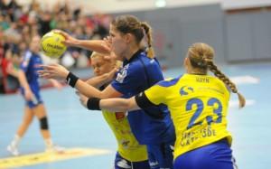 Xenia Smits möchte sich morgen mit ihrem Team gegen Göppingen durchsetzen. Foto: brink-medien